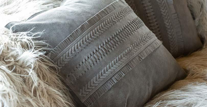 Coussins plaids et textiles